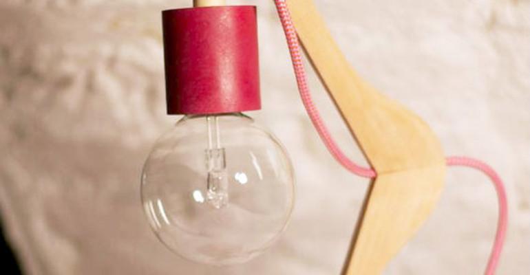 LABORATORIO DI ECOLOGIA: LAMPADA DA TAVOLO