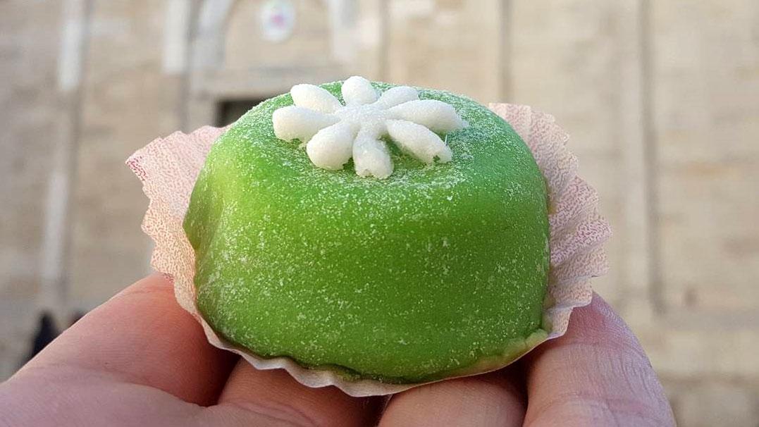 Guida turistica troia con degustazione del tipico dolce for Dolce tipico romano